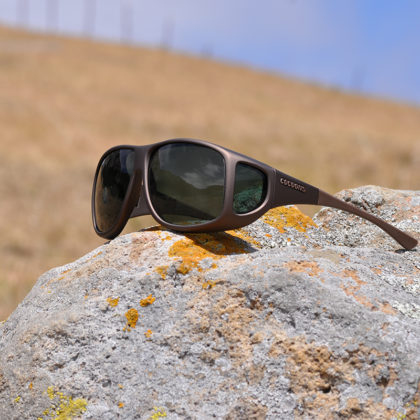 Fitover sunglasses with gray lenses